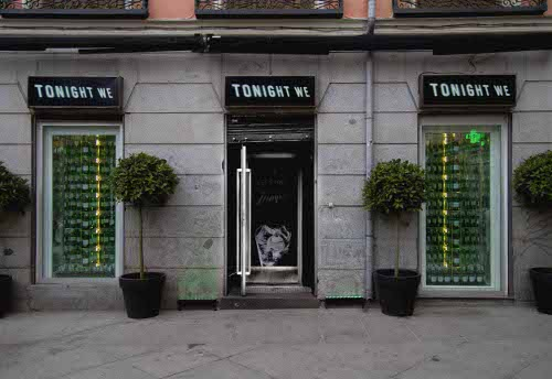 Acción promocional de Tanqueray: abre espacio pop-up y regala una botella cada dos minutos