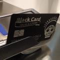 Una firma de moda se aprovecha del escándalo de las tarjetas opacas