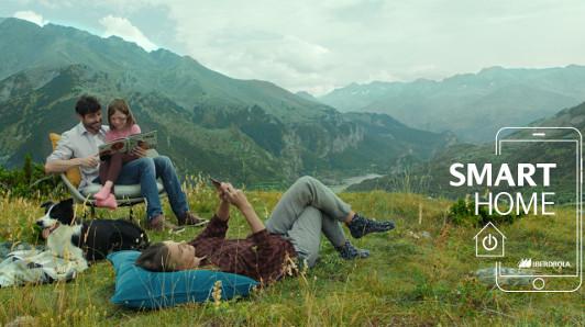Imagen de una campaña de Iberdrola