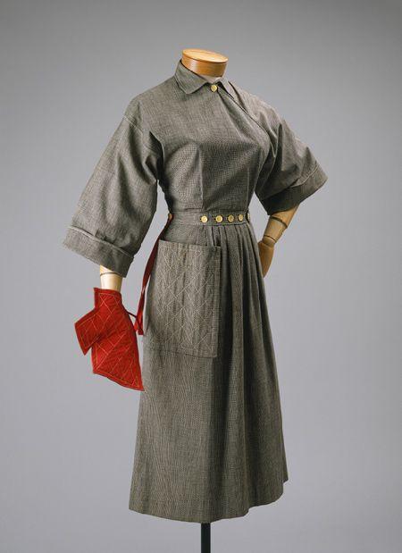 Popover dress (1942)