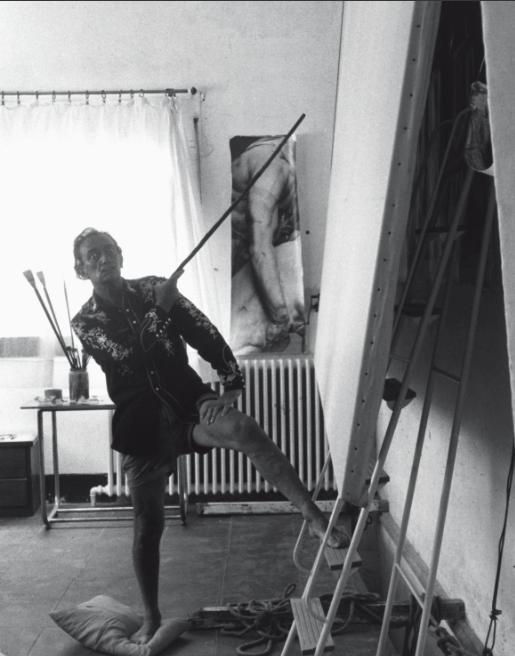 Dalí, en su estudio de Girona, 1966