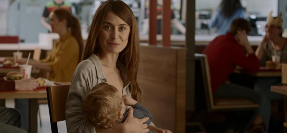 Burger King da la bienvenida a la lactancia materna