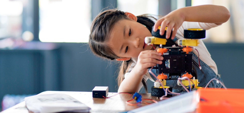 #girlsgonna, una iniciativa para que las niñas aprendan que la tecnología también es 'cosa de chicas'