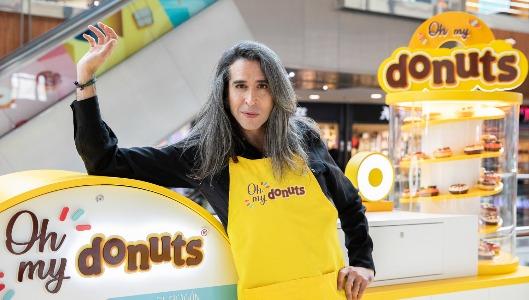 Mario Vaquerizo inauguró la tienda Donuts