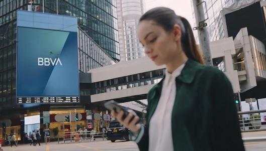 En la banca, la imagen de marca supera en peso a la experiencia de cliente