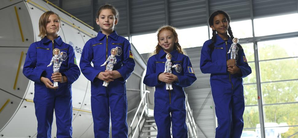 La Barbie que anima a las niñas a ser astronautas