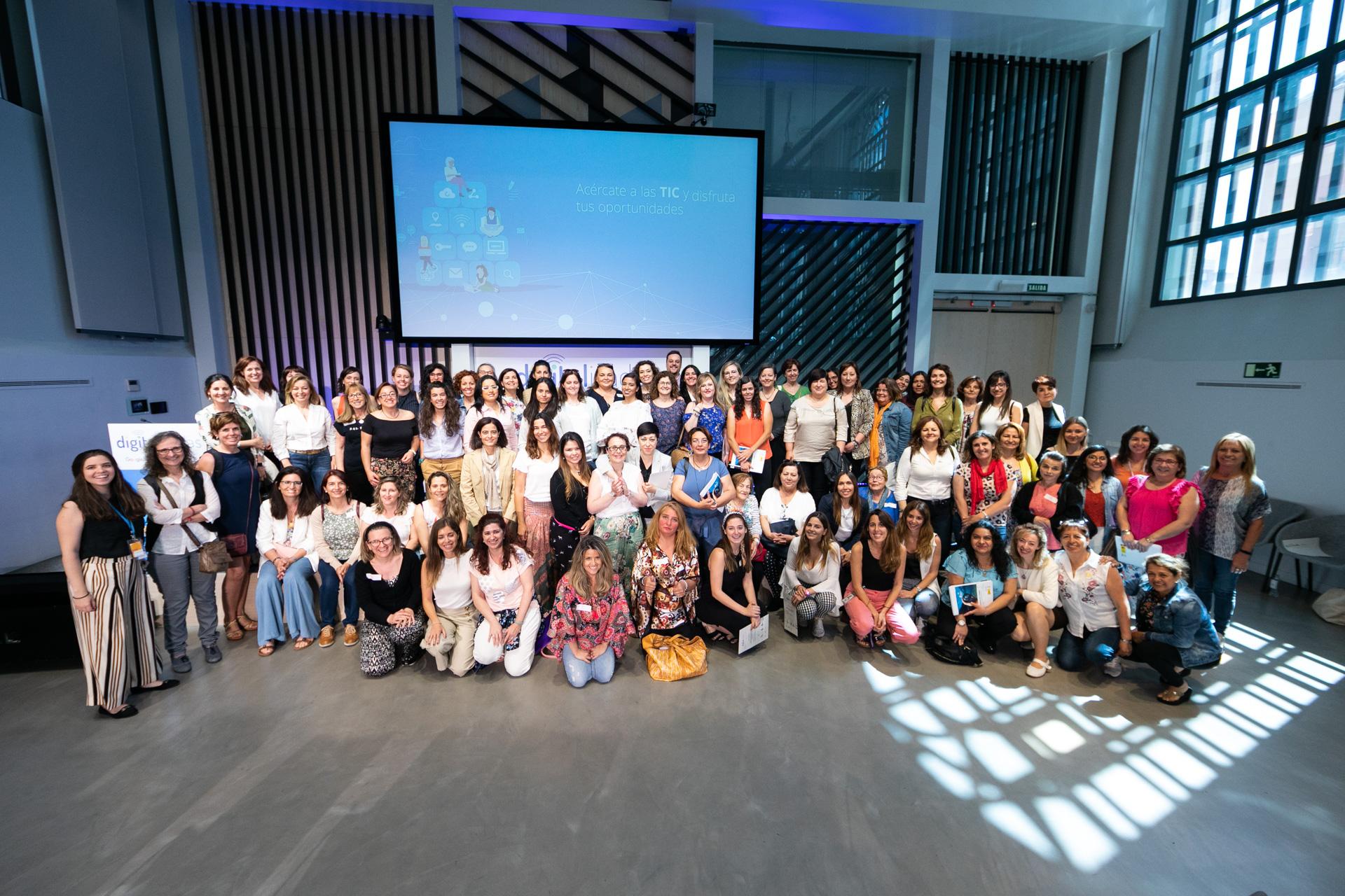 Mujeres de zonas rurales de toda España asistieron a uno de los tallerers, realizado en Google for Startups Campus Madrid.