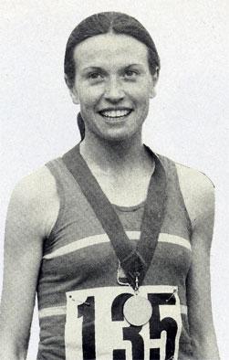 Valero, en 1977. Foto: Real Federación Española de Atletismo.