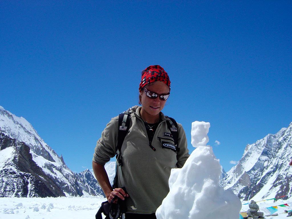 Pasabán, en su ascenso al K2 en 2004. Foto: edurnepasaban.com.