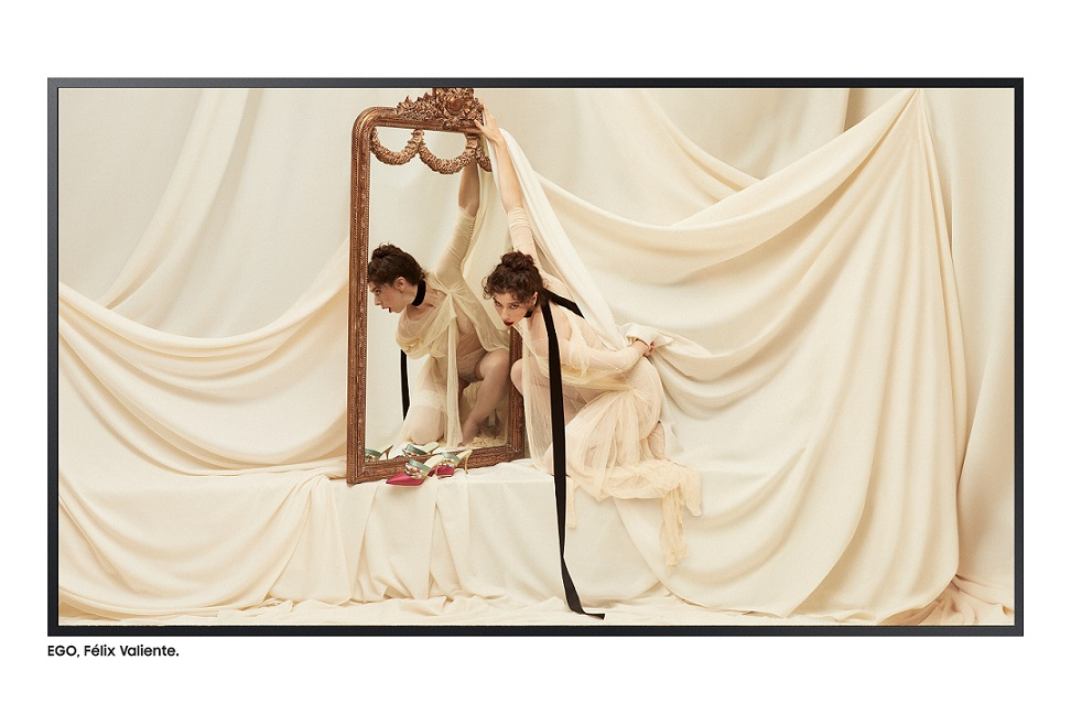 Homenaje  a 'El espejo psiqué', de Berthe Morisot