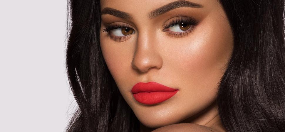 Kylie Jenner vende parte de su imperio cosmético por 600 millones de dólares