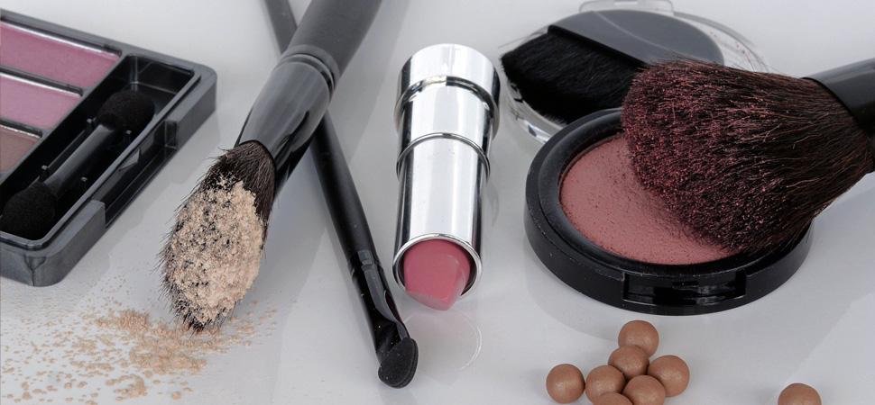 ¿Comprarías una barra de labios o una sombra de ojos usadas?