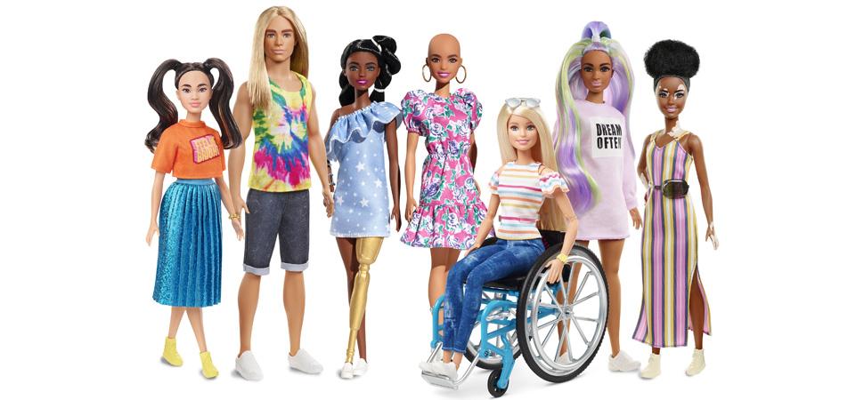 Tenemos nuevas Barbies sin pelo, con vitíligo y con prótesis de oro