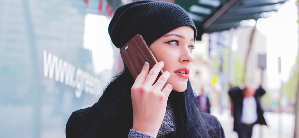 El 8% de los jóvenes reconocen haber instalado 'software' espía en el teléfono de su pareja