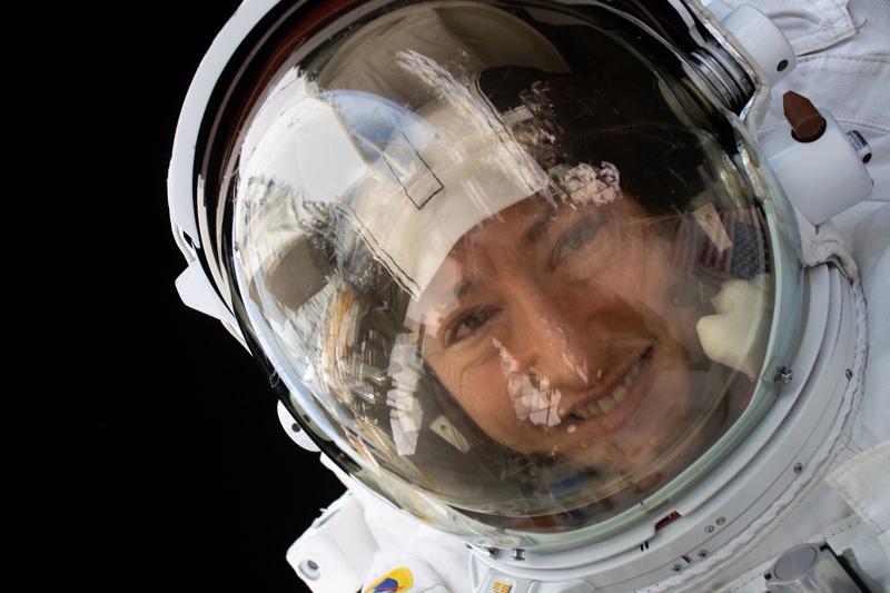 Christina Koch ha regresado hoy a la Tierra tras 328 días en la Estación Espacial Internacional.