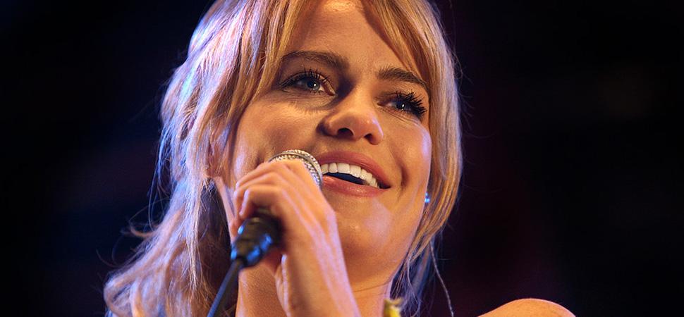 El ensayo escrito por la cantante Duffy sobre su secuestro expone el estigma que persigue a las víctimas de violación