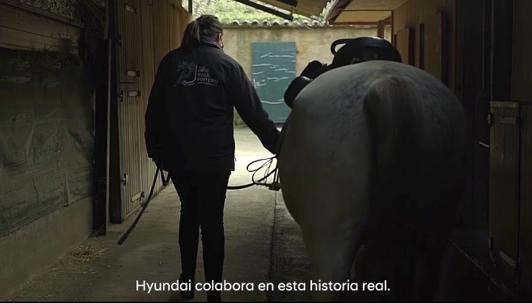 Raúl Pinteño y su escuela inclusiva protagonizan la campaña en España