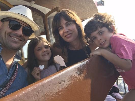 Fran Rionda, con su familia