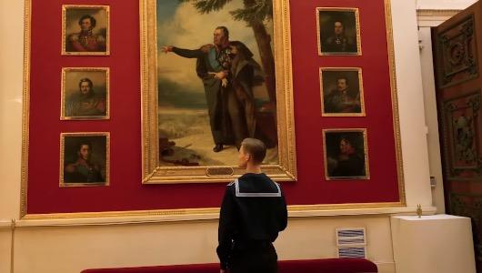 Imagen del vídeo de Apple grabado en el Museo del Hermitage en una sola toma de 5 horas y 20 minutos con un iPhone 11 Pro