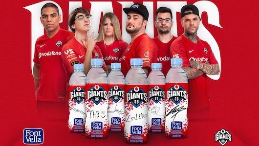 Imagen de las botellas y los 'gamers'