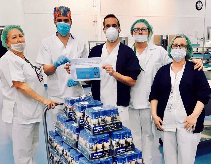 Los sanitarios dan fe de la donación de Puleva