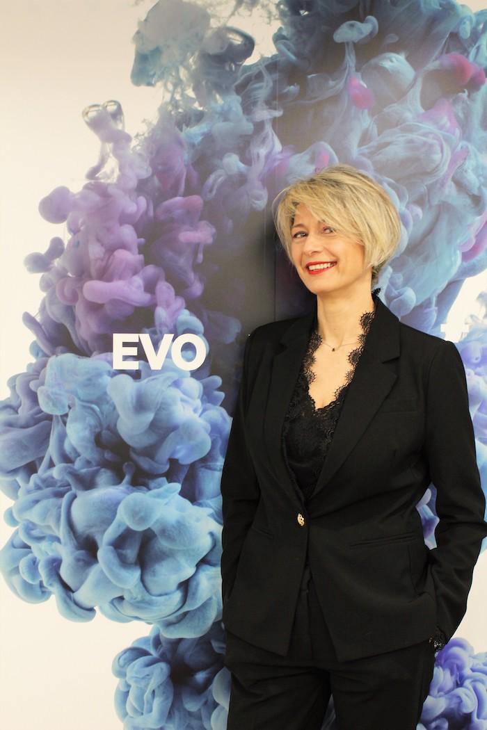Paz Comesaña, directora de marketing, publicidad y alianzas estratégicas de EVO Banco