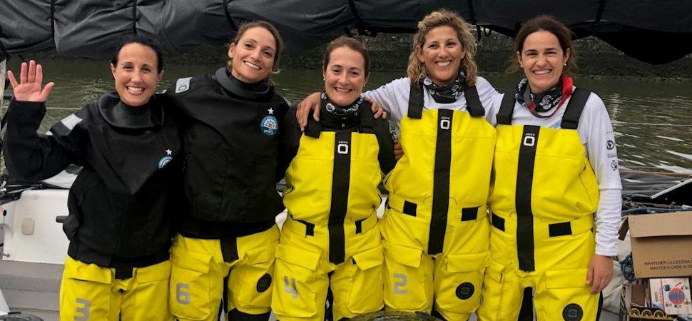 Cinco supervivientes de cáncer de mama se enfrentan a otro gran reto: una vuelta a España a vela