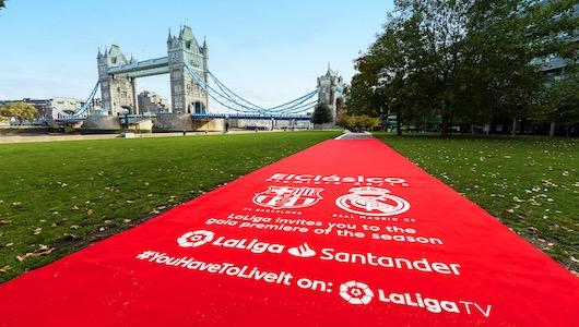 La alfombra, en Londres