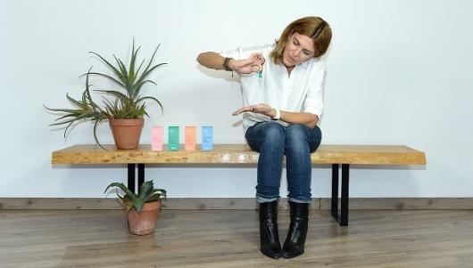 Alicia Zurita, con los lubricantes de bolsillo