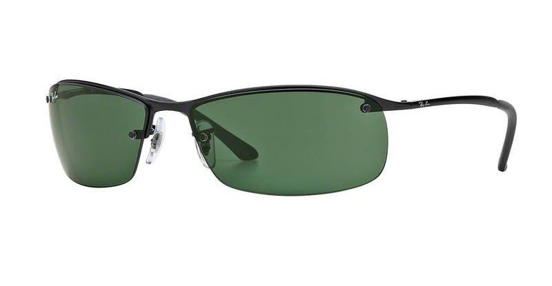 Gafas de Ray Ban con montura en negro y lentes verdes.
