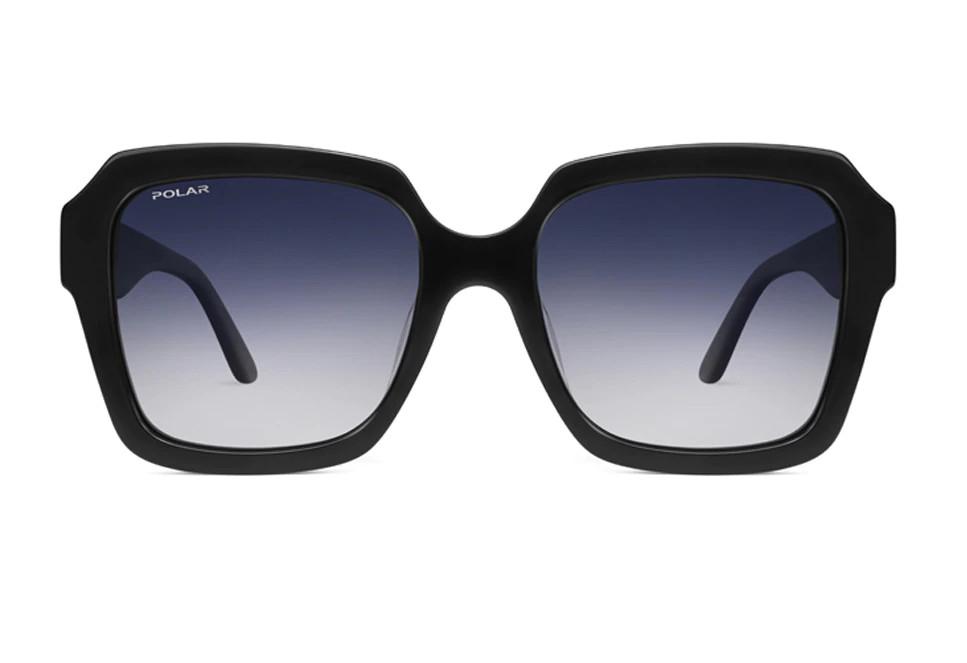 Gafas de Polar 'oversize' de acetato en negro con lentes polarizadas.