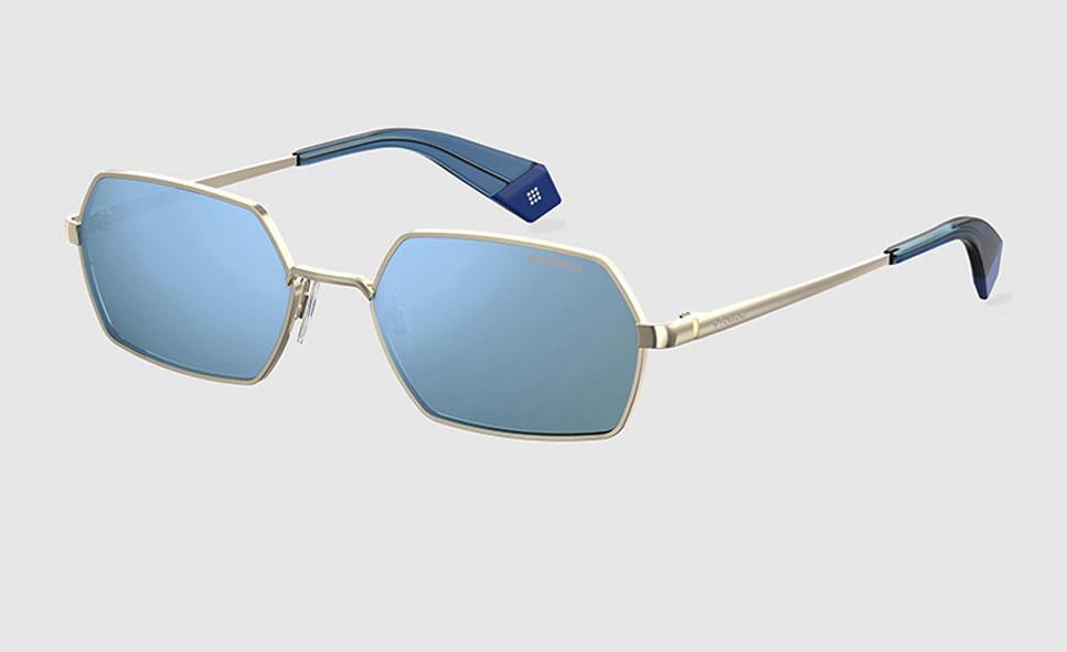 Gafas de Polaroid hexagonales doradas y lentes polarizadas azules.