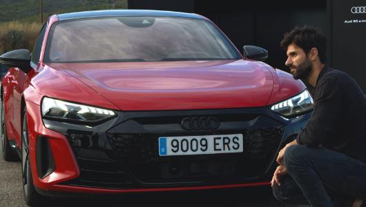 Imágenes del nuevo Audi durante el 'unboxing'.