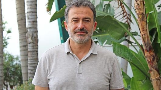 Carlos Olmos