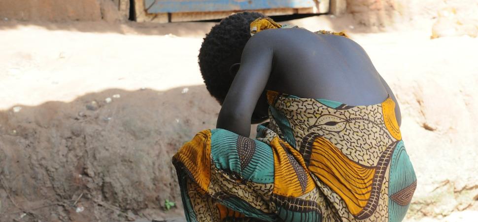 Save the Children denuncia que el matrimonio infantil mata cada día a más de 60 niñas