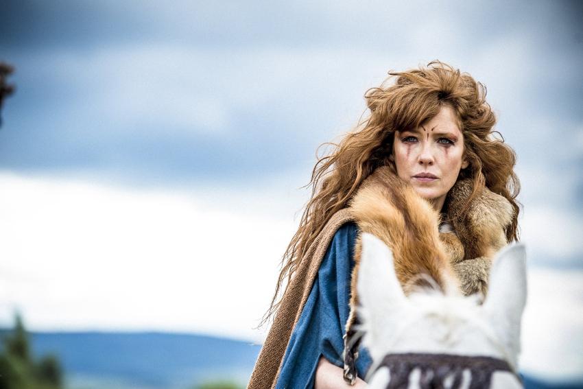 La actriz Kelly Reilly en 'Britannia'. Foto: IMDB/ Stanislav Honzik, Film United