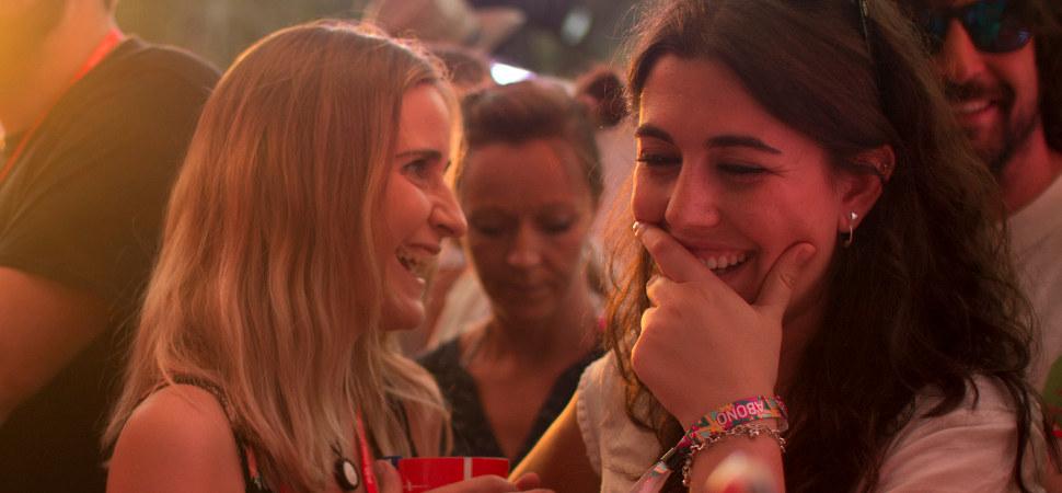 Así se portan los 'millennials' en los festivales (absténganse de leerlo los padres)