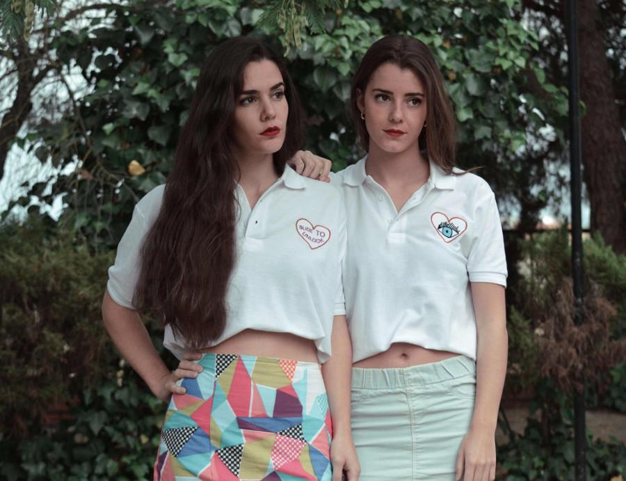 Las hermanas Rubiales, luciendo sus propios diseños