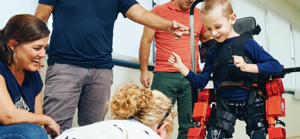 Un robot para ayudar a los niños a caminar