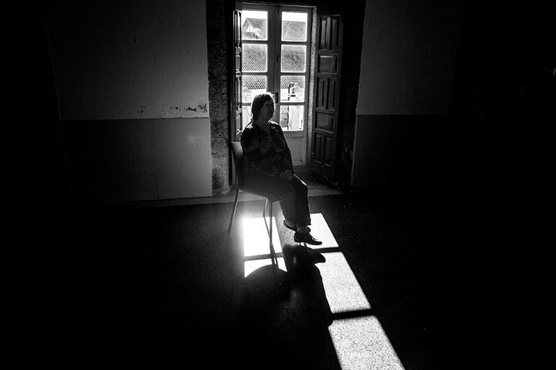 Olga ha superado el cáncer. Lleva años en ADICAM y es la presidenta de la asociación desde que falleciera Fina, la anterior presidenta y fundadora. Cangas do Morrazo, Galicia.