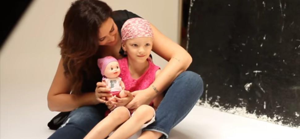 Bebés pelones que ayudan a la investigación del cáncer infantil