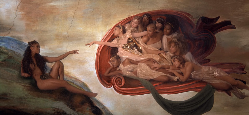 'Dios es una mujer': la simbología feminista del nuevo vídeo de Ariana Grande