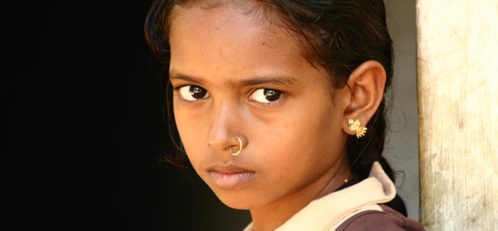 La inquietante relación entre el precio del oro y la muerte de niñas en la India